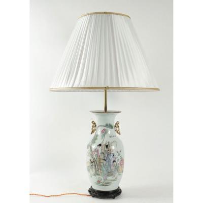 Lampe Chinoise Du Début Du XXème Siècle.