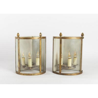 Paire De Lanternes d'Angle, 3 Lumières En Fer Doré De 1950, Verre Bombé