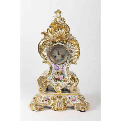 Pendule Napoléon III  De Style Louis XV De Jacob Petit En Porcelaine De Paris