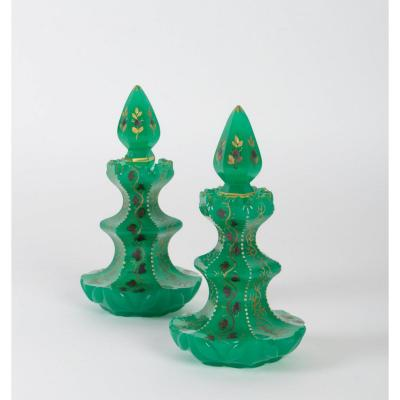 Pair Of Carafes With Their Corks, Opaline Green And Enameled Gold, Napoleon III, XIXth Century