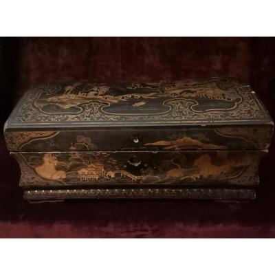 Canton Lacquer Wig Box Early Eighteenth Regency Period