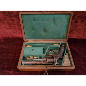 Révolver 9 Mm à Broche En Coffret Nécessaire C. 1870