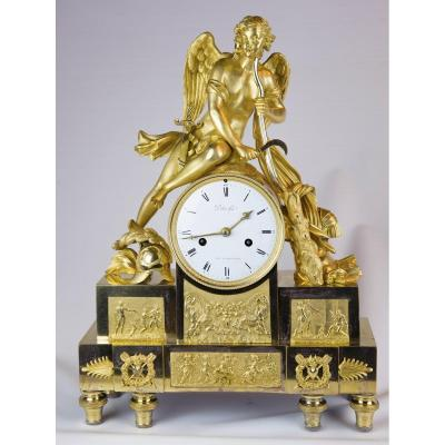 Large Directoire Clock: Cupid Builds The Arch Of The Club Of Hercules