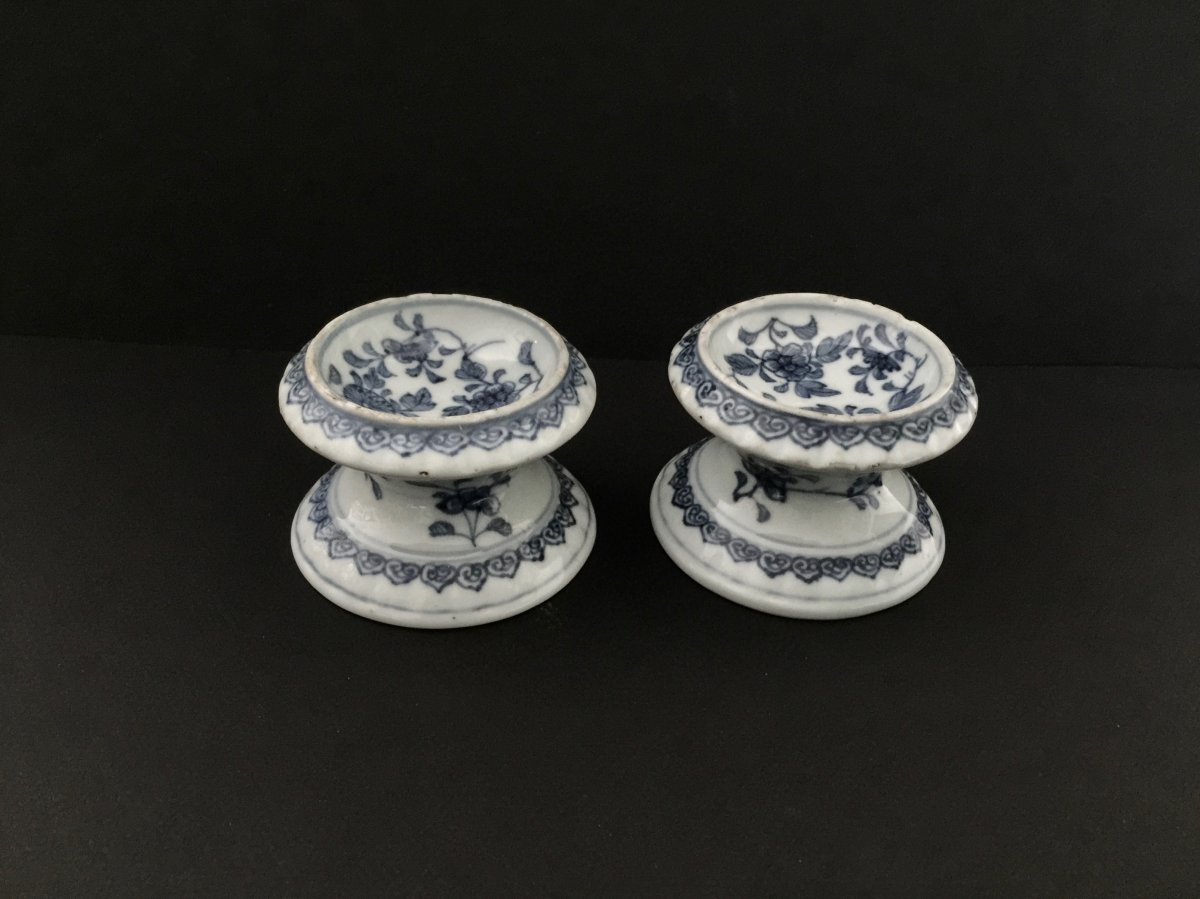 Pair Of China Porcelain Salerons Early 18th Century