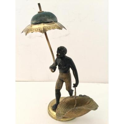 """Statuette """"nubien Au Parasol"""" 19 ème"""""""
