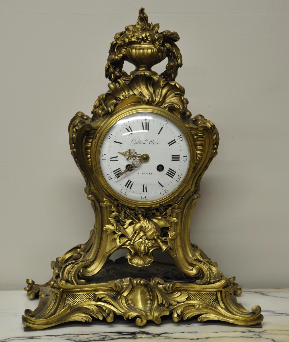Horloge Louis XV En Bronze Doré Par Gille l'Ainé