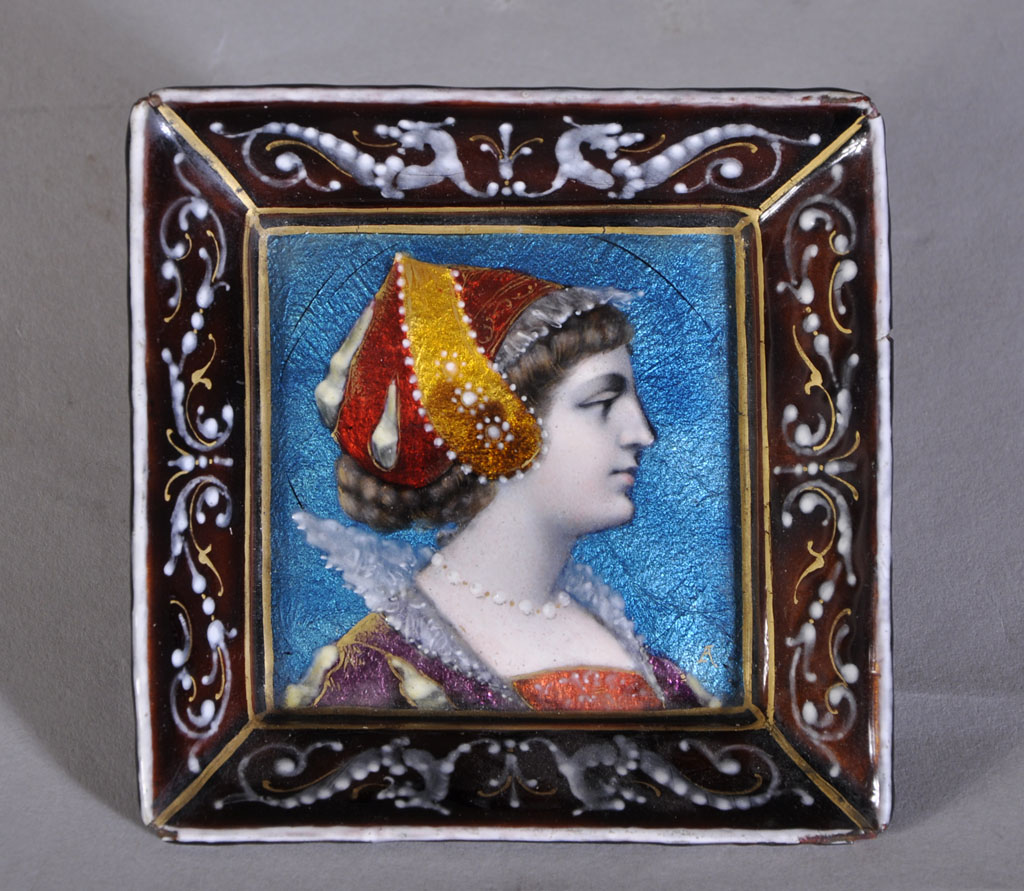 Small Enamelled Tray With Lady Profile