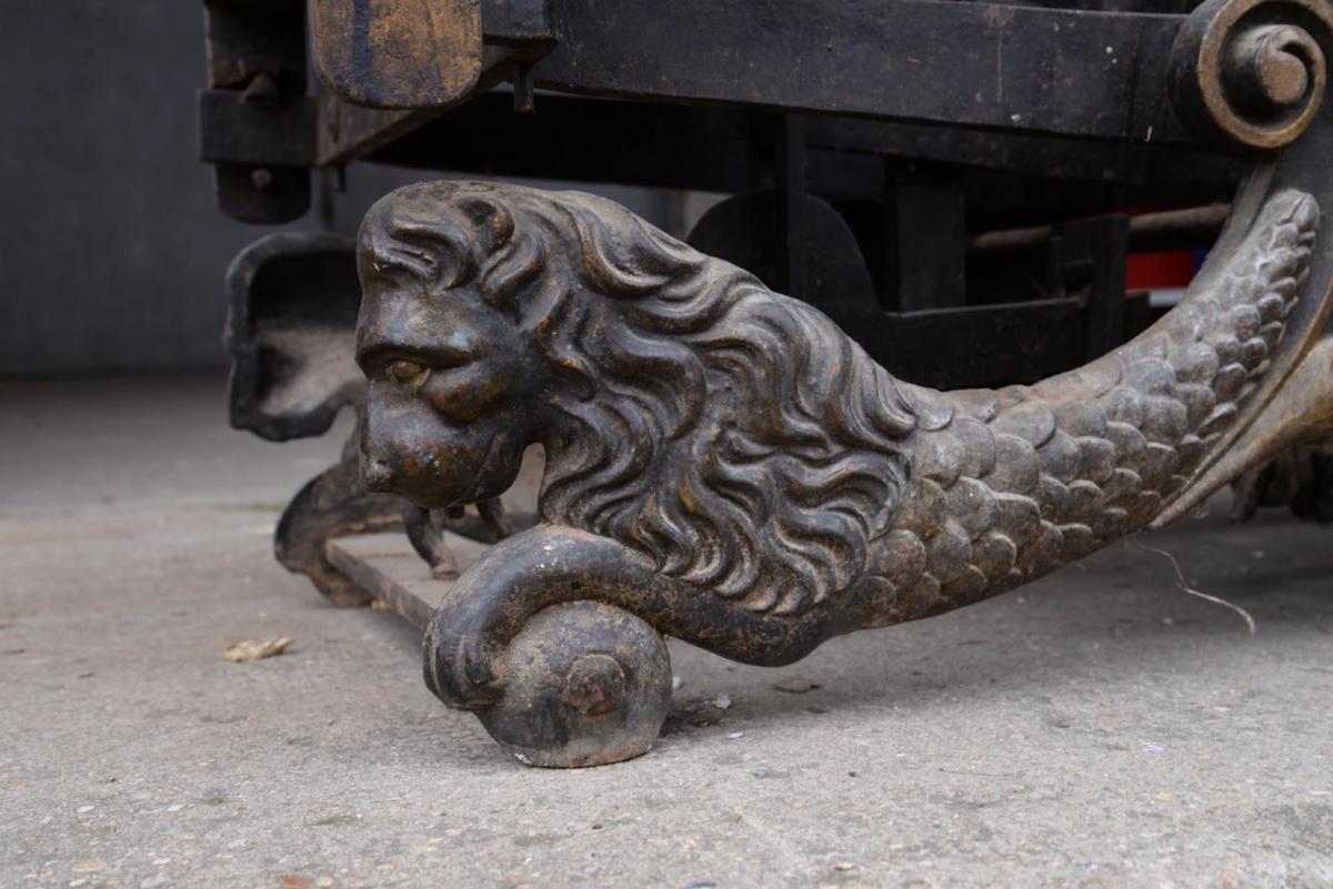 Rare Cast Iron Scale, 100 Kg, Lions Decor, Circa 1900-photo-1