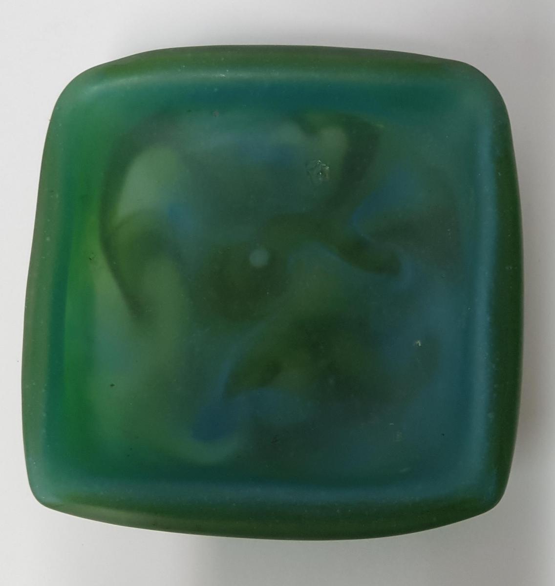 Empty Glass Paste Pouch