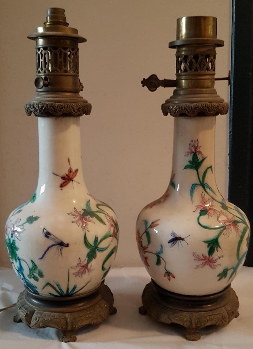 Paire De Lampes à Pétrole en faïence émaillée dans le goût de Théodore Deck