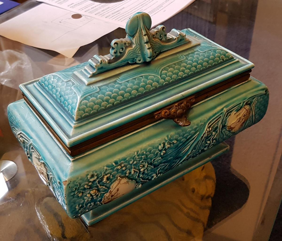 Coffret à Parfum En Faïence Attribué Manufacture J.Vieillard