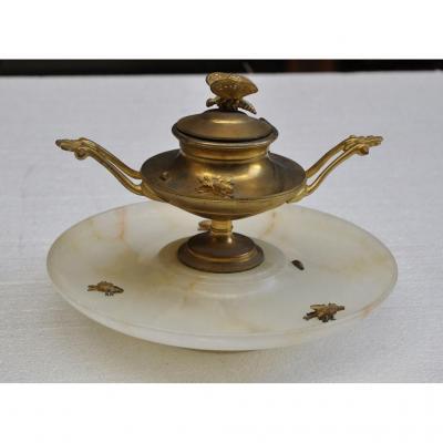 Encrier Napoléon III En Albâtre Et Bronze Doré à Décor d'Insectes