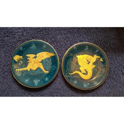 Two Porcelain Aasiettes With Griffons XIX