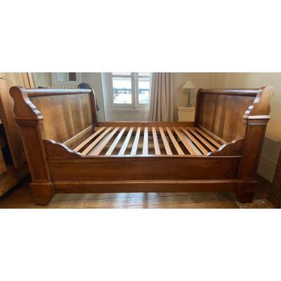 Walnut Boat Bed