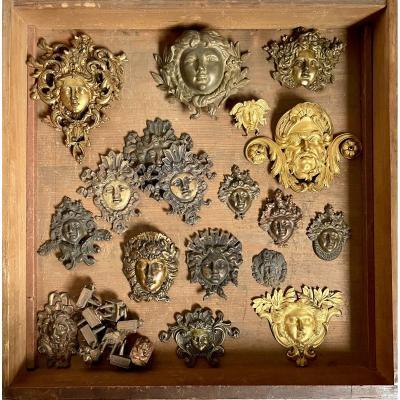 Ensemble d'éléments d'Ornement En Bronze
