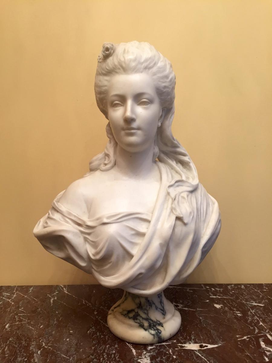 buste de femme en marbre de carrare sculptures marbre et pierre. Black Bedroom Furniture Sets. Home Design Ideas