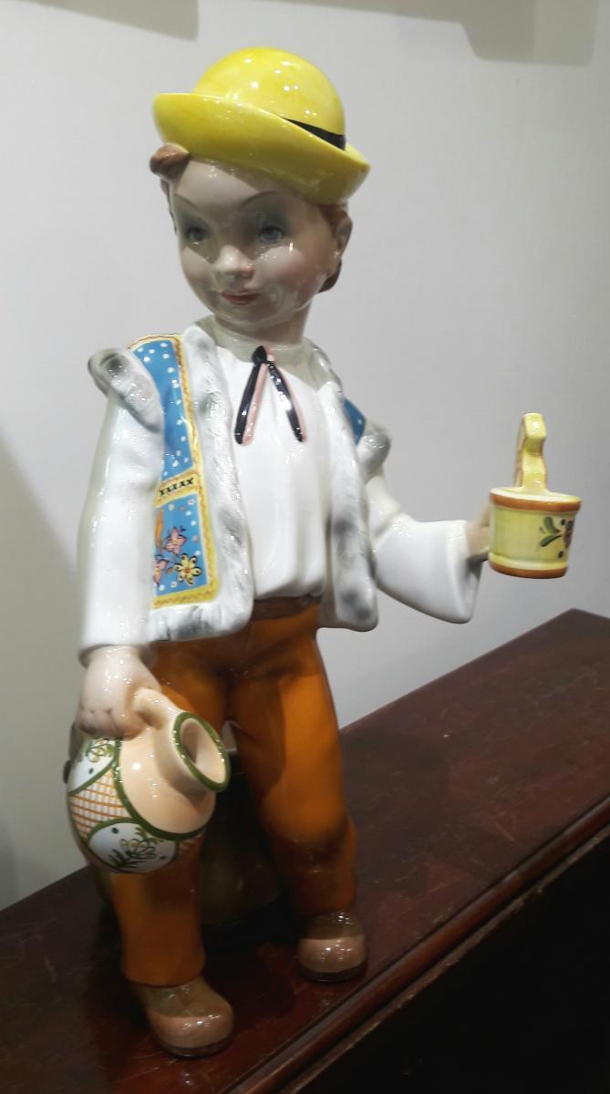 Cia Manna Italy Ceramic Statue