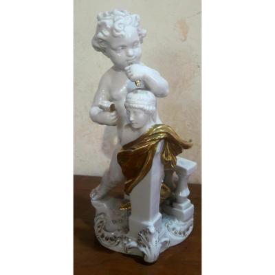 Figurine En Porcelaine De Dresde