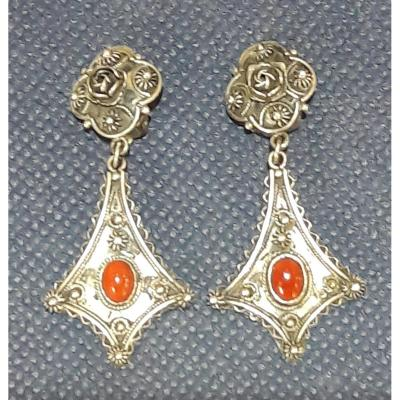 Pierced Earrings With Carnelian