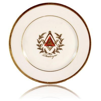 Assiette en Porcelaine de Paris - Franc Maçonnerie de Dunkerque - Ep. 1ere Moitie XIXe