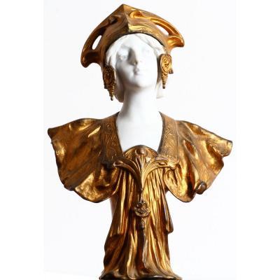 Sculpture Buste d'une jeune femme Art Nouveau Signé Henri Jacobs Et Daté 1904  
