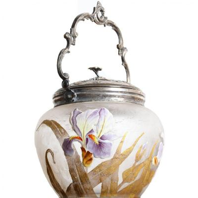 Seau A Biscuits Montjoye & Victor Saglier (1809-1894)  -  A Décor De Fleurs d'Iris Art Nouveau
