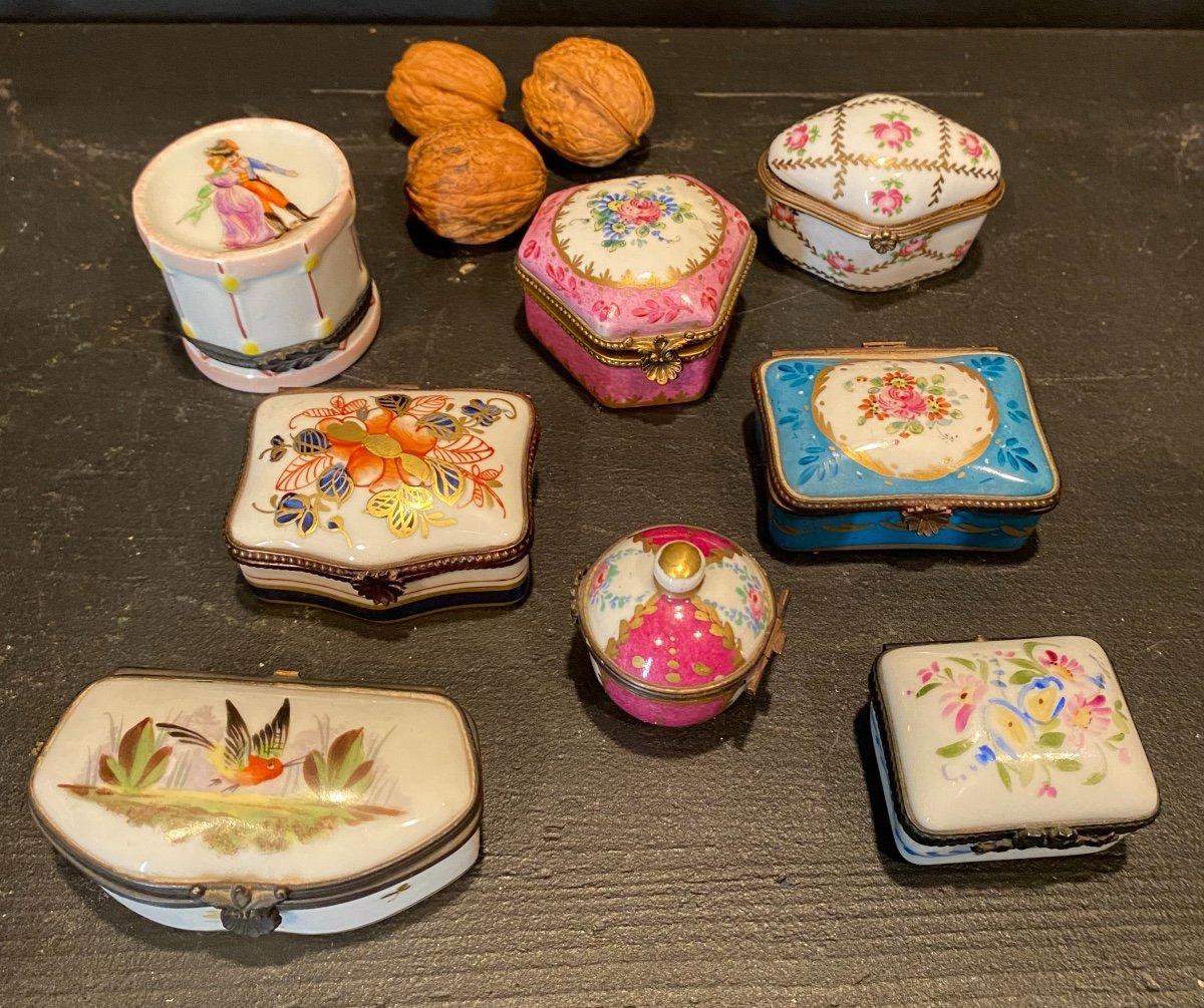 Collection De Petites Boites En Porcelaine