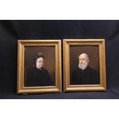 Pair Deportraits
