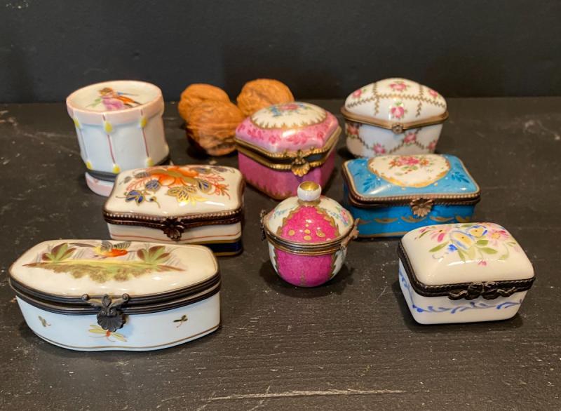 Collection De Petites Boites En Porcelaine-photo-2