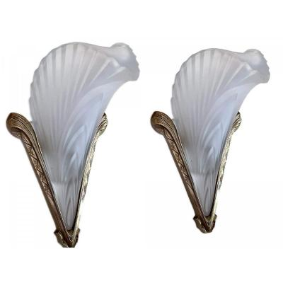 Pair Of Art Deco Sconces - Feather Model In Molded Glass