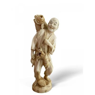 Okimono - Japanese Ivory Sculpture