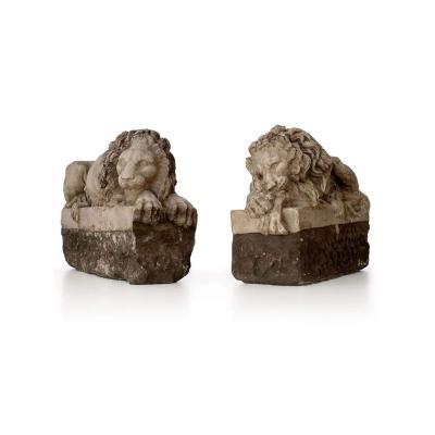 Paire De Lions Couchés - d'Après Canova