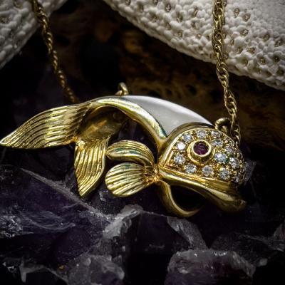 Collier Poisson Or 18 Carats Serties De Diamants