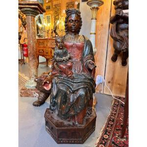 Vierge à l'Enfant En Bois Sculpté Polychrome Du XVIe Siècle