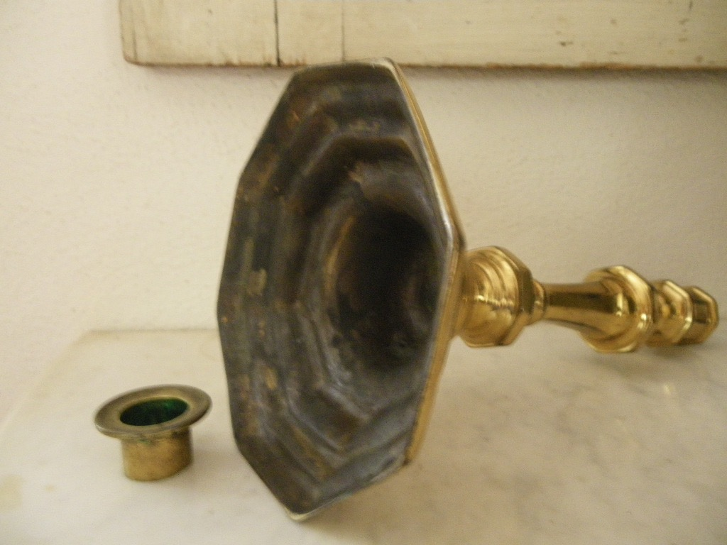 Paire De Bougeoirs bronze doré Louis XIV-photo-1