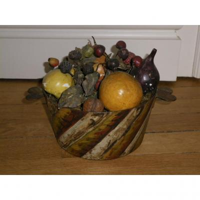 Tole Peinte Container With Fruits 19th