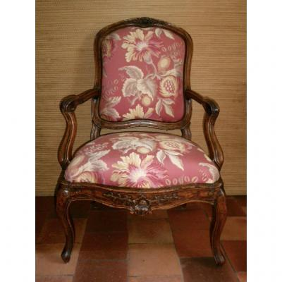 "Large Louis XV Period Walnut ""châssis"" Armchair Italy 18th"