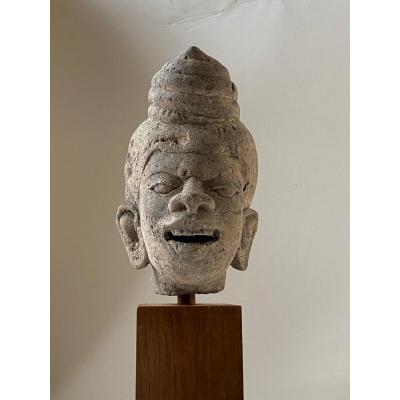 Tête de grotesque en pierre,  Birmanie 18ème