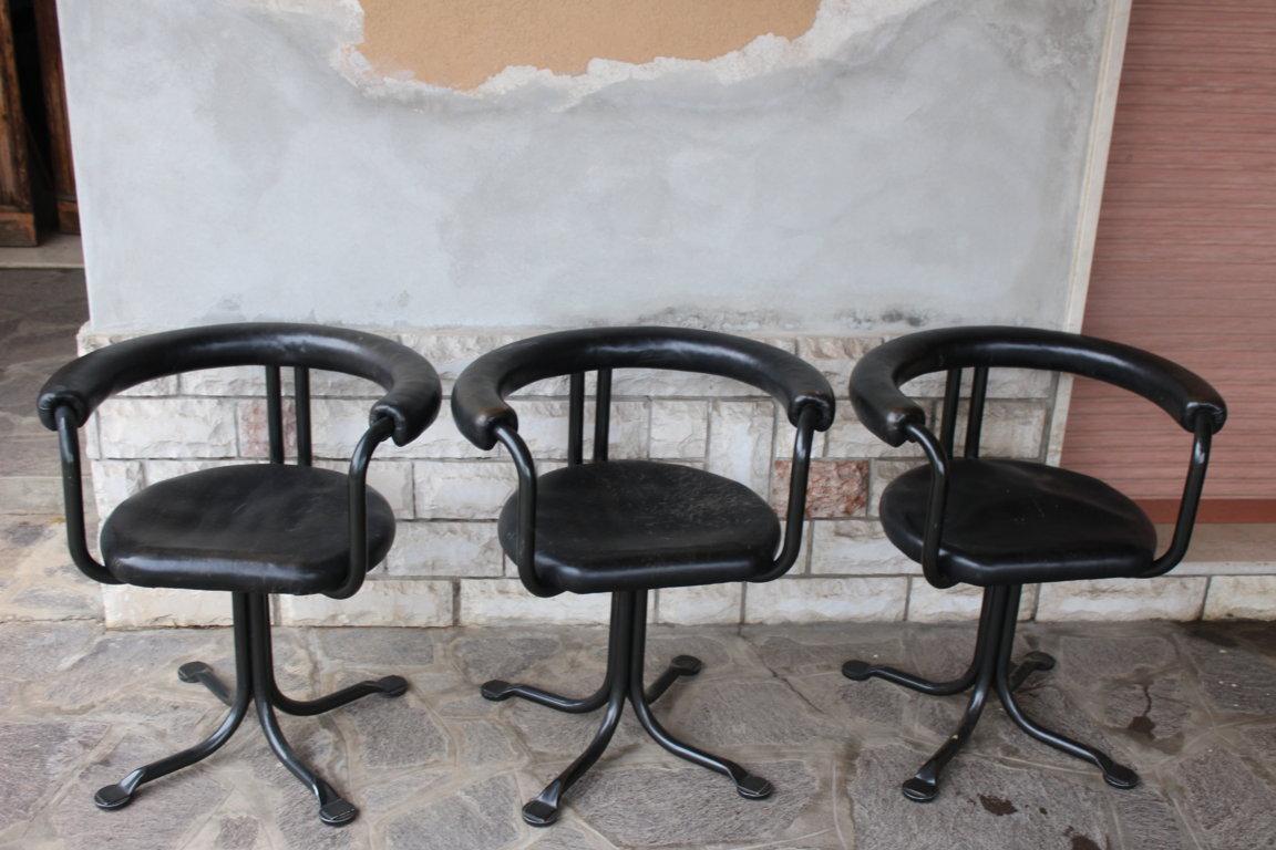 Trois Chaises Design Italienne Ans '60 En Metal Et Cuir
