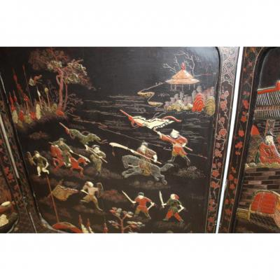 Chinese Screen In Lacquer, Inlay Of Hard Stone, And Carved Wood And Golden Fine Nineteenth Century