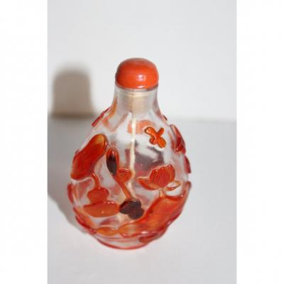 Tabatiere Chinois Snuff Bottle) En Verre Overlay XIX Siecle