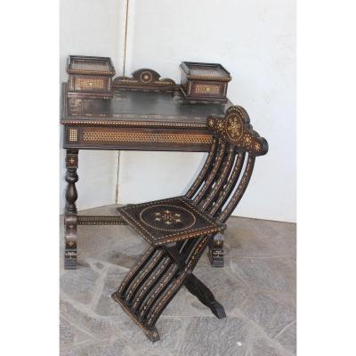 Table/bureau Avec Sa Chaise, Style Oriental, Dans Le Gout De Adriano Brambilla