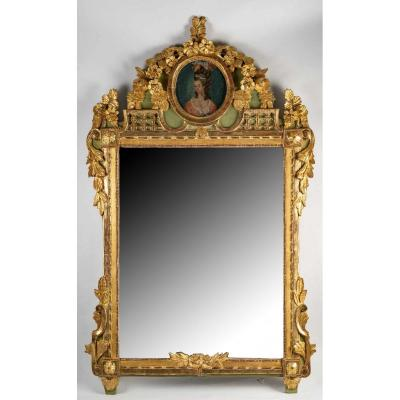 French Louis XVI Period, Gilt And Green Lacquered Wood Mirror Circa 1780