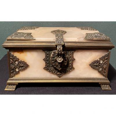 Petit Coffret En Bronze Et Onyx de la fin du XIXe