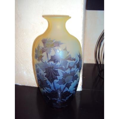 Gallé Vase En Verre Multicouches Decor Aux Chardons
