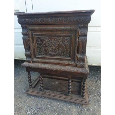 Ancien Cabinet Renaissance gothique XIXeme Décor Angelot Bois Sculpte