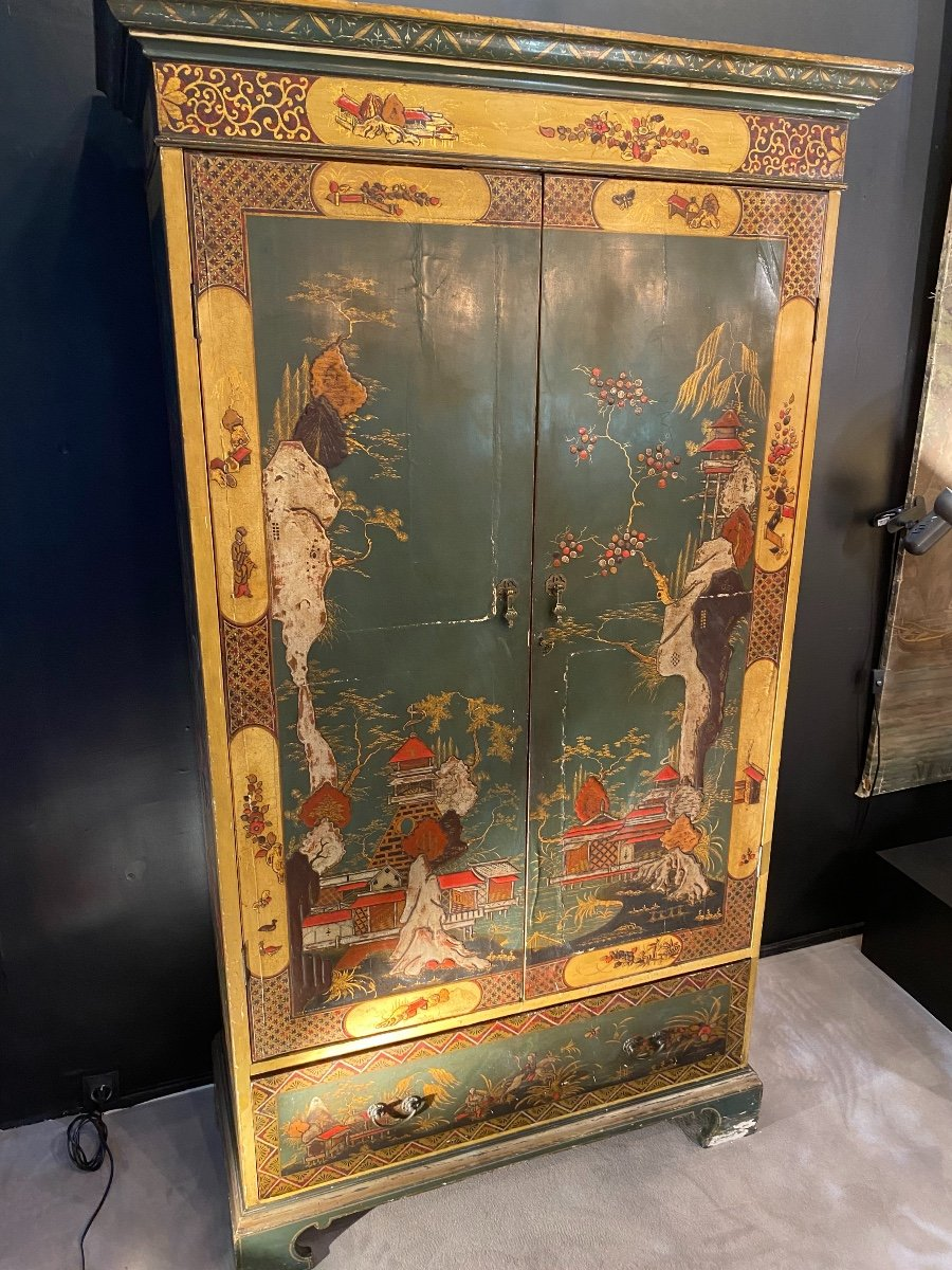 Asian Style Wardrobe In Coromandel Lacquer From The 50s