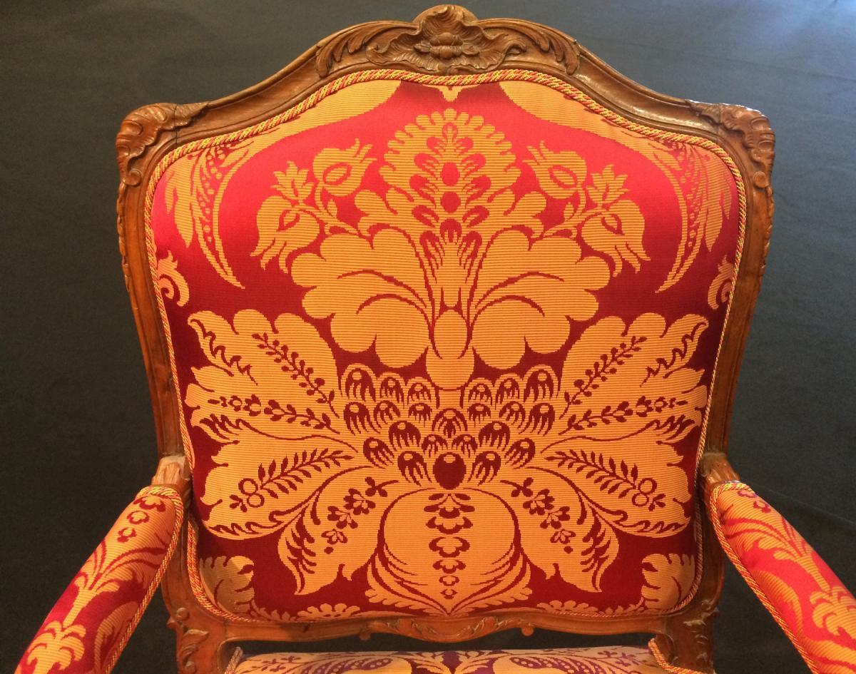 Large French Regence Period Walnut Armchair-photo-2