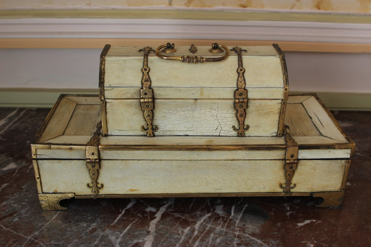 Double Ivory Box From The Beginning Of The 16th Century-photo-2