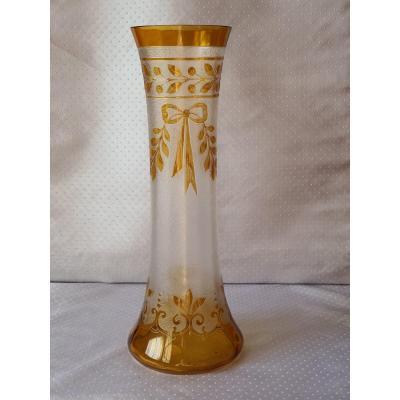 Vase en Cristal taillé et gravé